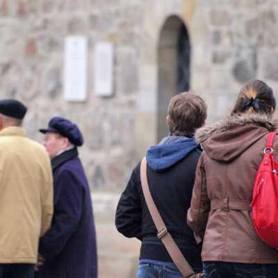 Bild: Senioren und Jugendliche, über dts Nachrichtenagentur