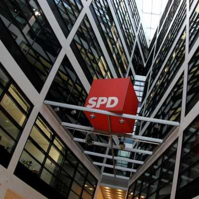 Bild: SPD-Logo im Willy-Brandt-Haus, über dts Nachrichtenagentur