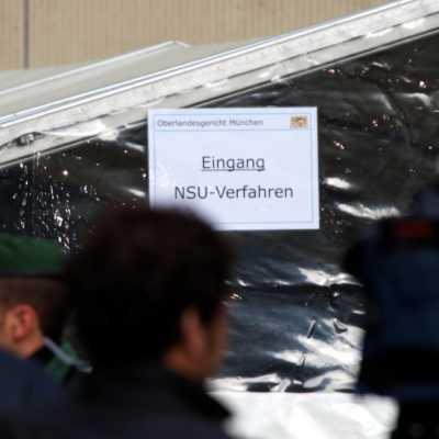 Bild: Eingang zum Strafjustizzentrum München während des NSU-Prozesses, über dts Nachrichtenagentur