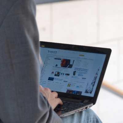 Bild: Nutzer an einem Computer, über dts Nachrichtenagentur