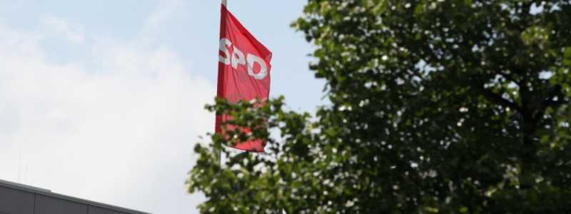 Bild: SPD-Fahne, über dts Nachrichtenagentur