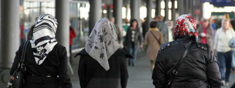Bild: Kopftuchträgerinnen, über dts Nachrichtenagentur