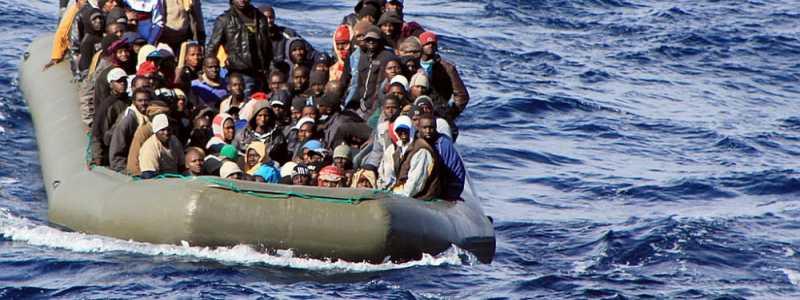 Bild: Bootsflüchtlinge im Mittelmeer (Archiv), Marina Militare, über dts Nachrichtenagentur