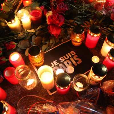 Bild: Blumenmeer vor der Französischen Botschaft, über dts Nachrichtenagentur