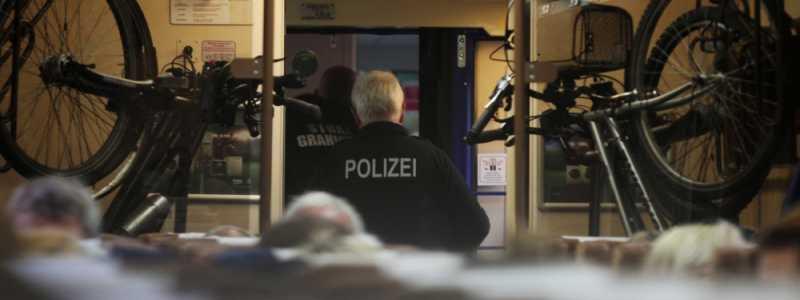Bild: Grenzkontrolle im Zug, über dts Nachrichtenagentur