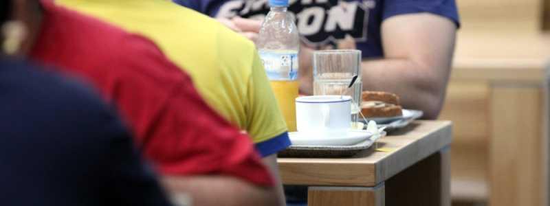 Bild: Frühstück in einer Kantine, über dts Nachrichtenagentur