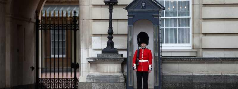Bild: Wache vor dem Buckingham Palace, über dts Nachrichtenagentur