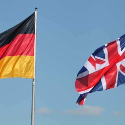 Bild: Fahnen von Deutschland und Großbritannien, über dts Nachrichtenagentur