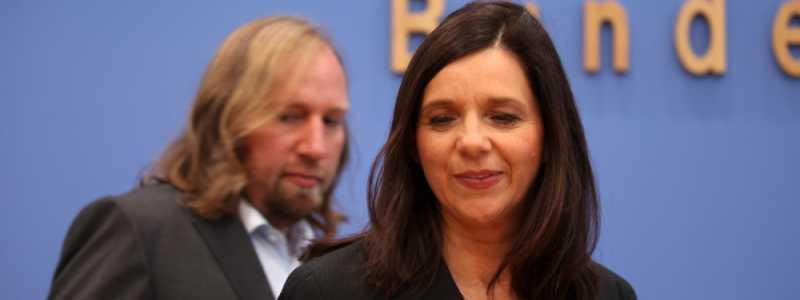 Bild: Anton Hofreiter und Katrin Göring-Eckardt am 09.10.13 in Berlin, über dts Nachrichtenagentur