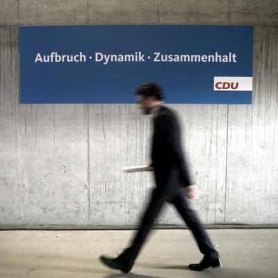 Bild: CDU-Slogan Aufbruch, Dynamik, Zusammenhalt, über dts Nachrichtenagentur