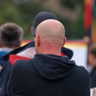 Bild: Rechtsradikaler bei Protest in Chemnitz, über dts Nachrichtenagentur
