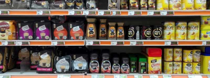 Bild: Kaffee und Tee im Supermarkt, über dts Nachrichtenagentur