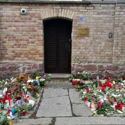 Bild: Trauer nach Anschlag in Halle, über dts Nachrichtenagentur