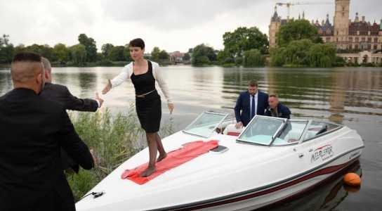 Berlin - Die AfD...Frauke Petry