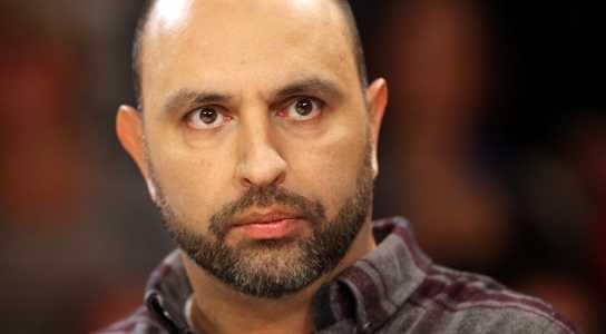 """""""Kabarettist Serdar Somuncu findet es """"schlimm, dass sich Prominente auf das ..."""