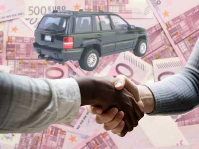 Bei höheren Krediten, beispielsweise für ein neues Fahrzeug, brauchen Beamte, wie jeder Kunde, eine Sicherheit. Häufig hinterlegen Kunden den Fahrzeugbrief als Sicherheit für die Bank.